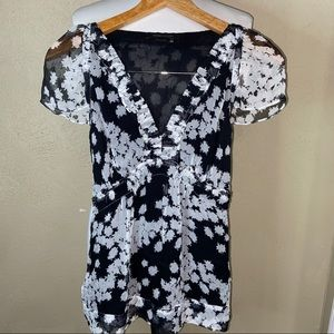 3 for $20 BCBG MAXAZRIA Floral Blouse Black XXS